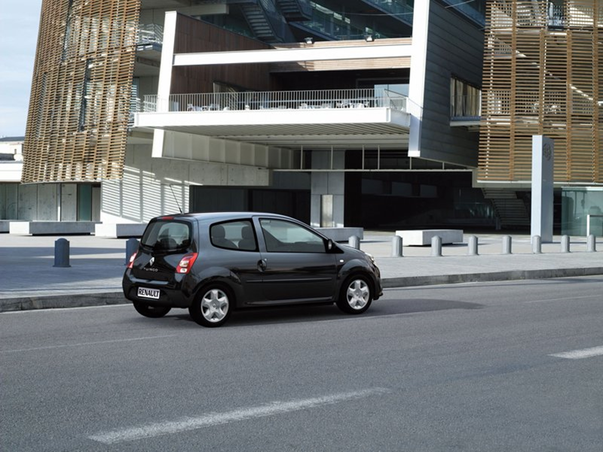 New Renault Twingo – Dynamic, Practical, Connected