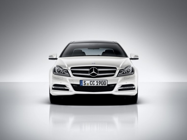 C 250 CDI 2011 Front View