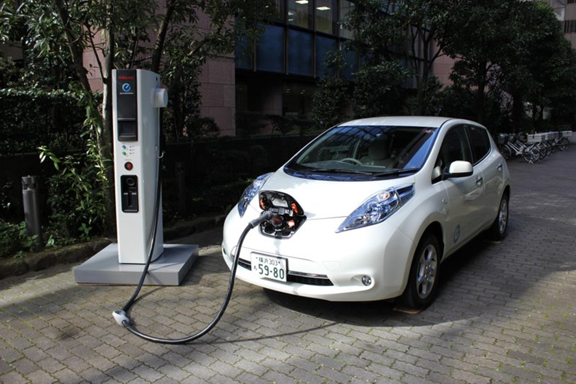 Nissan Electric Vehicle Charging Faster