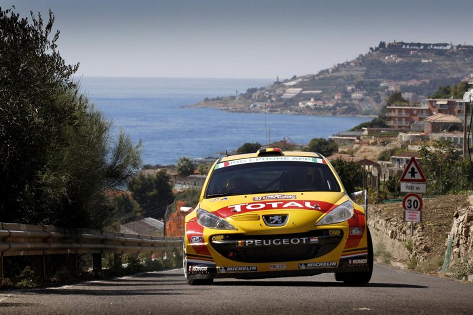 Renault Sport auto rally challenge 2011