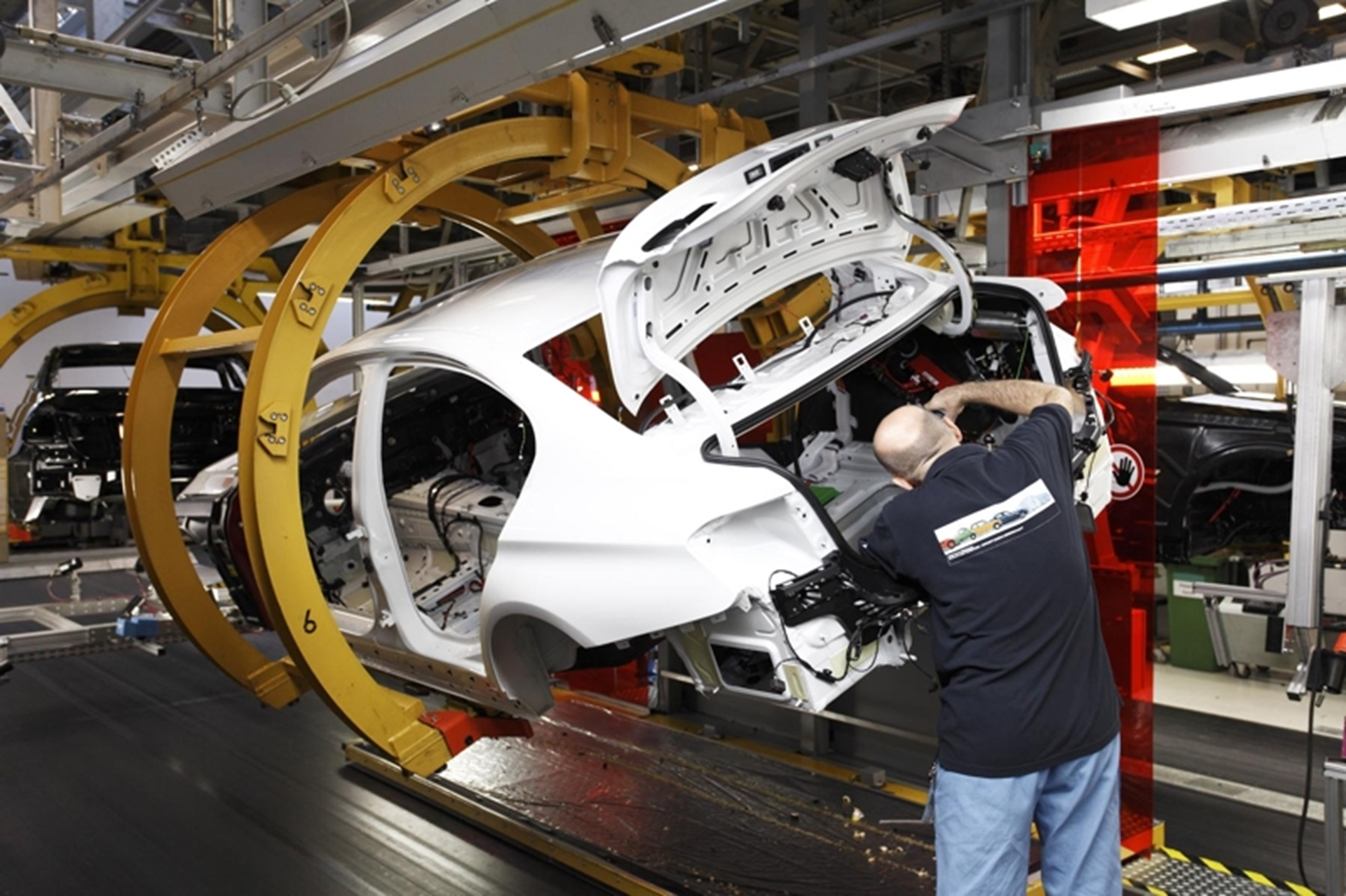 BMW 3 Series Production 2011