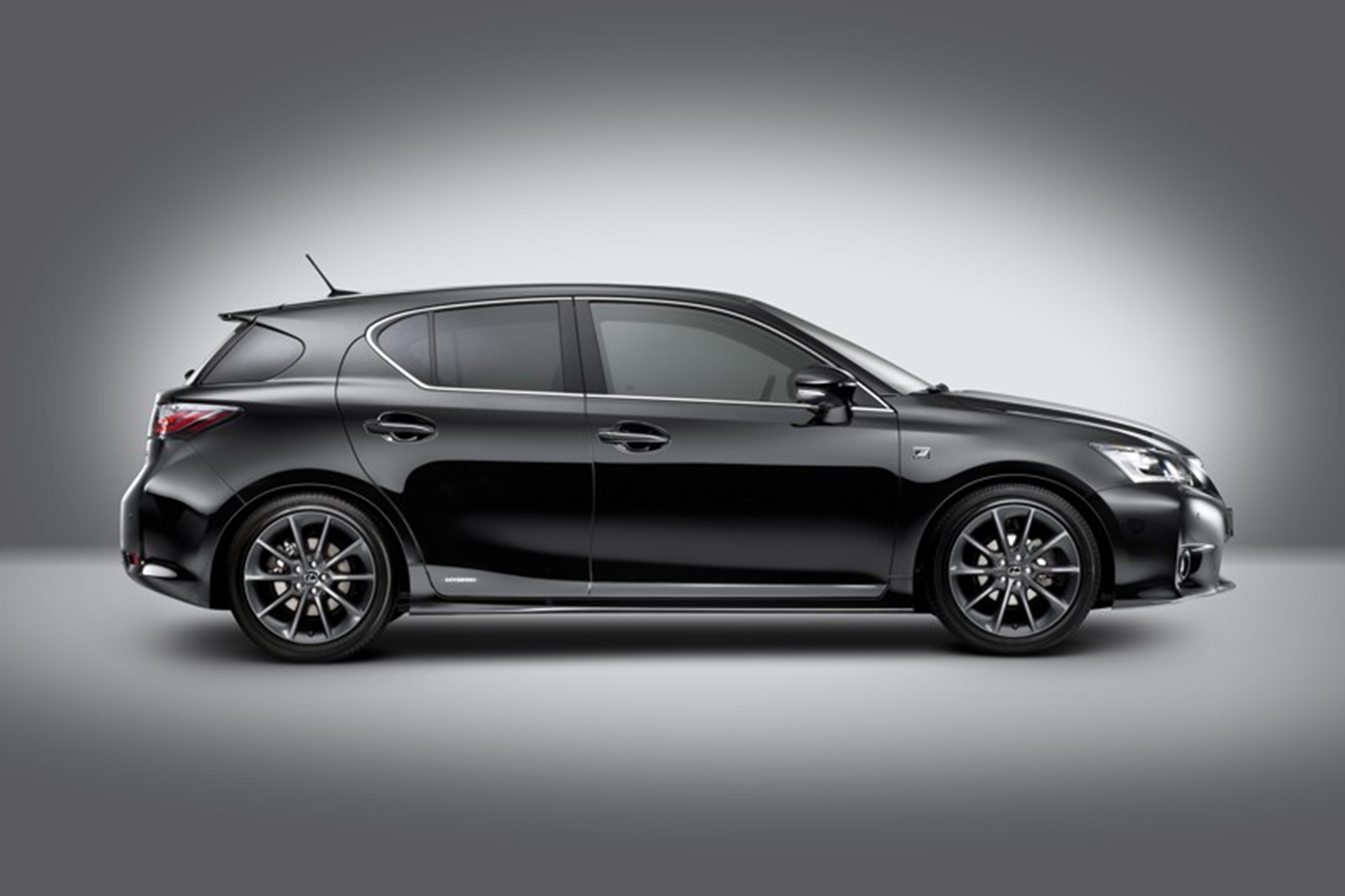 Lexus fires up the new CT 200H F-Sport