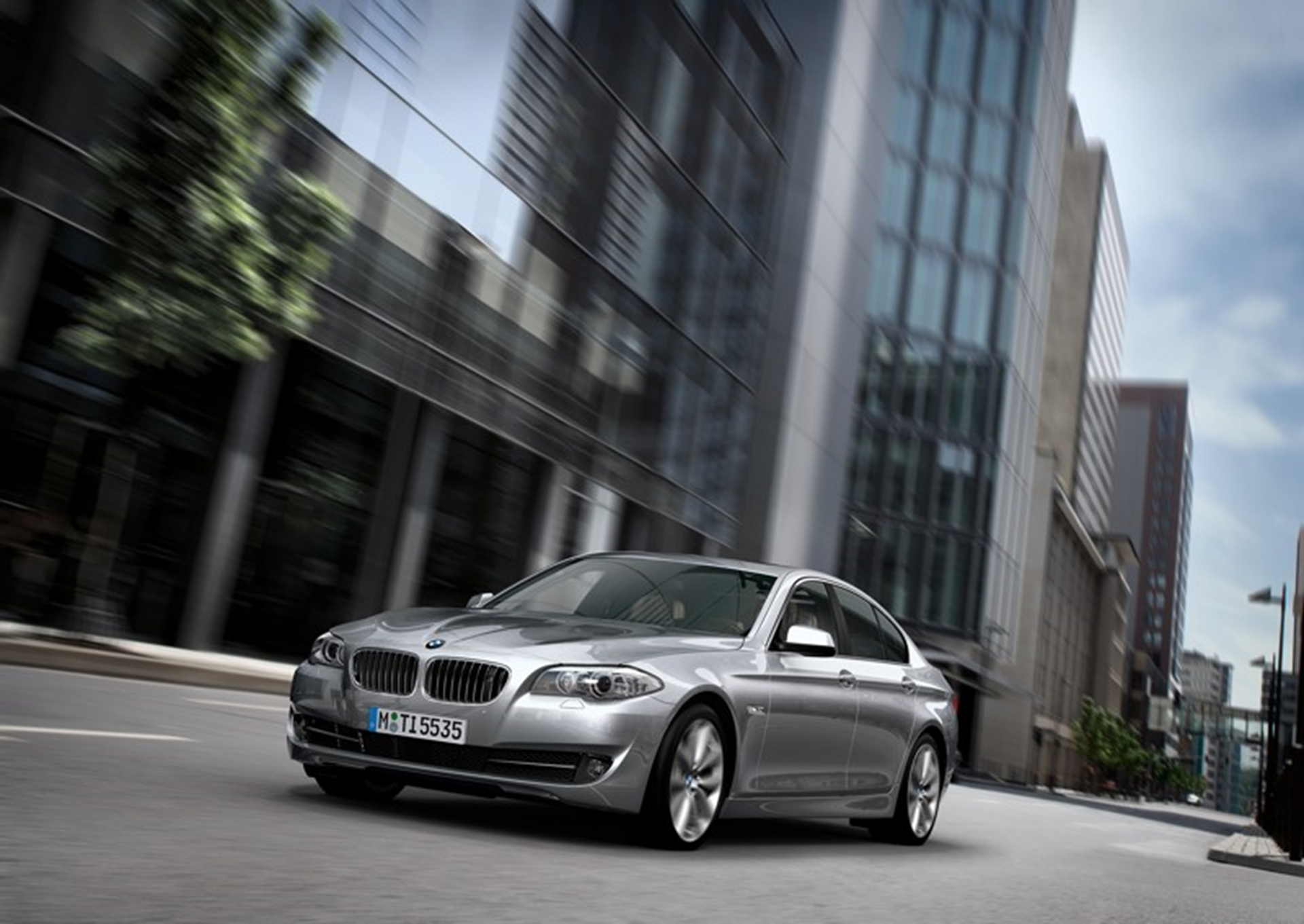 BMW 1 Series and BMW 5 Series as their favourites in the compact and ...