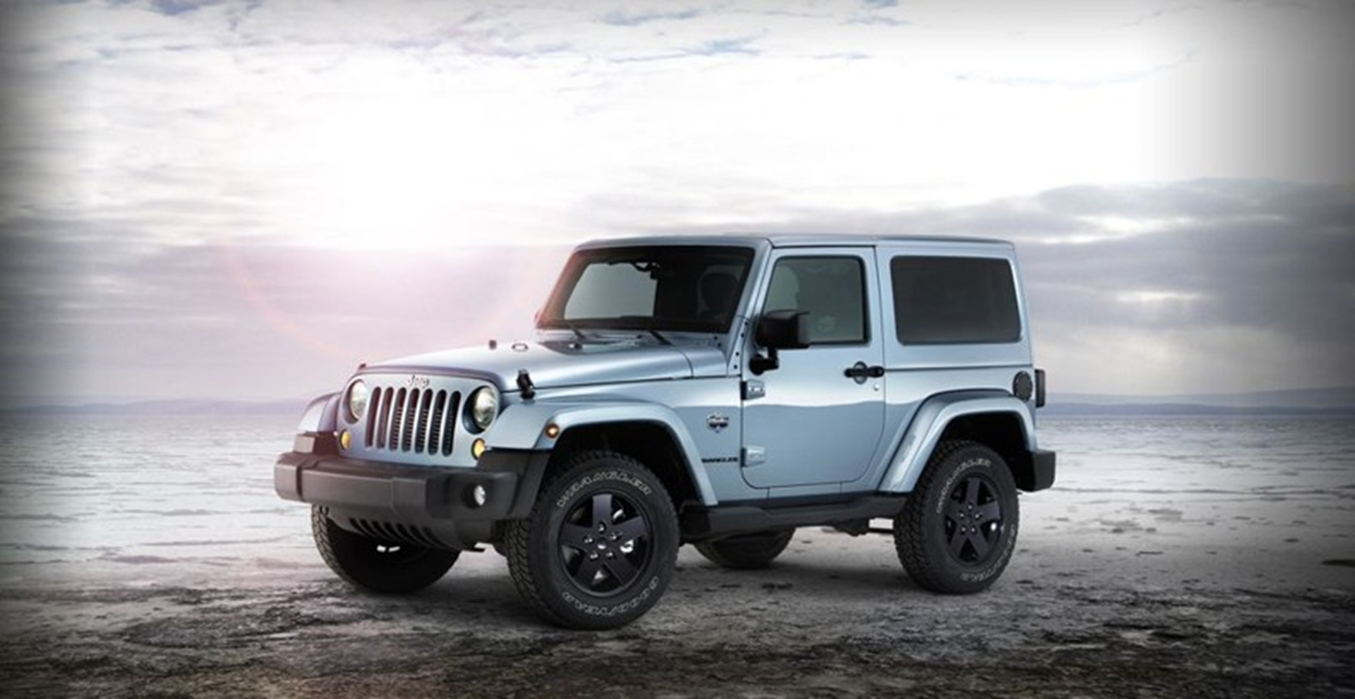 jeep wrangler arctic the jeep icon gets ready for the extreme north. Black Bedroom Furniture Sets. Home Design Ideas