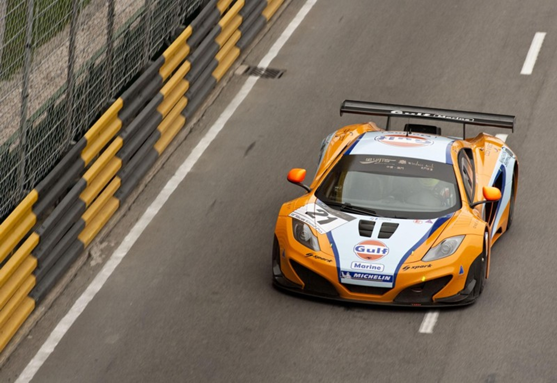 MP4 12C GT3 in Macau