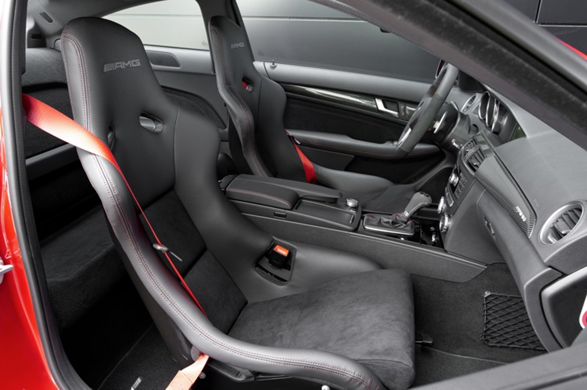 Mercedes Benz C 63 AMG Interior