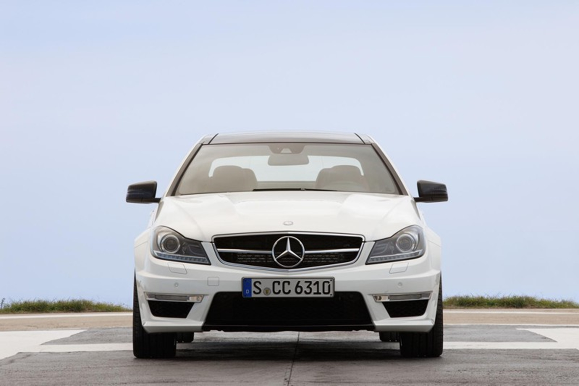 Coupe Mercedes Benz C 63 AMG Front