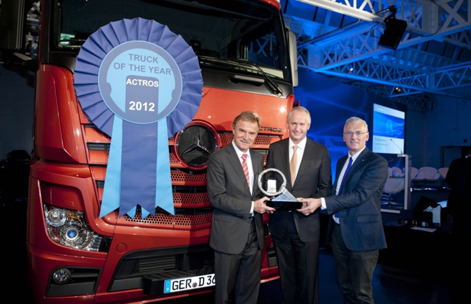Mercedes-Benz Actros Wins International Truck Of The Year award
