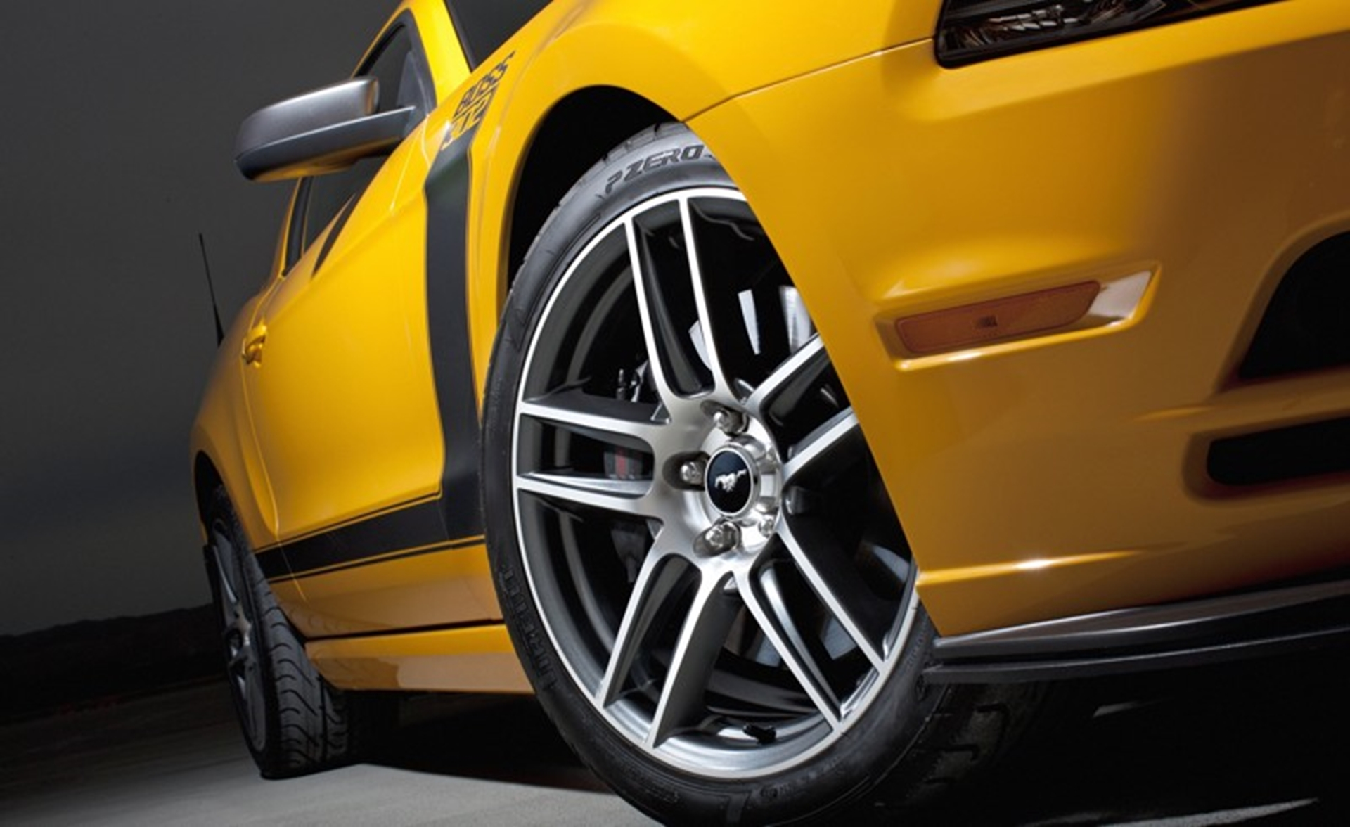 Mustang Boss 302 wheels