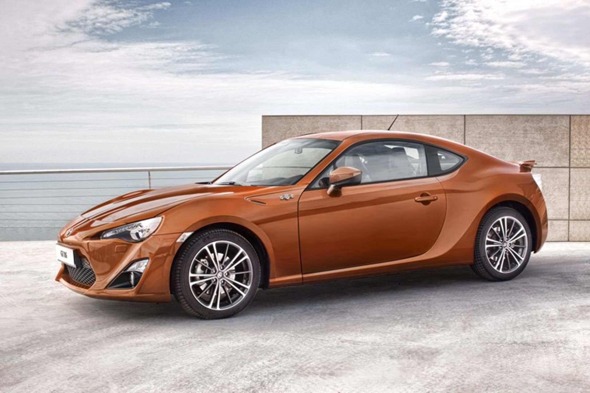 Toyota GT-86-sports-front