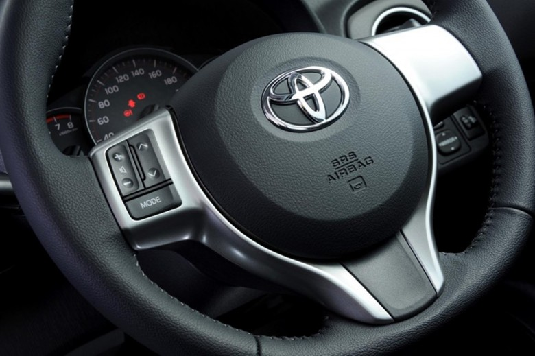 Toyota Yaris Steering Wheel