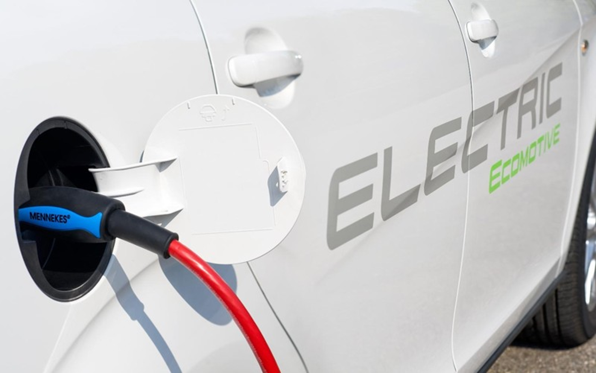 SEAT Twindrive 2011 Electric Vehicle Charging