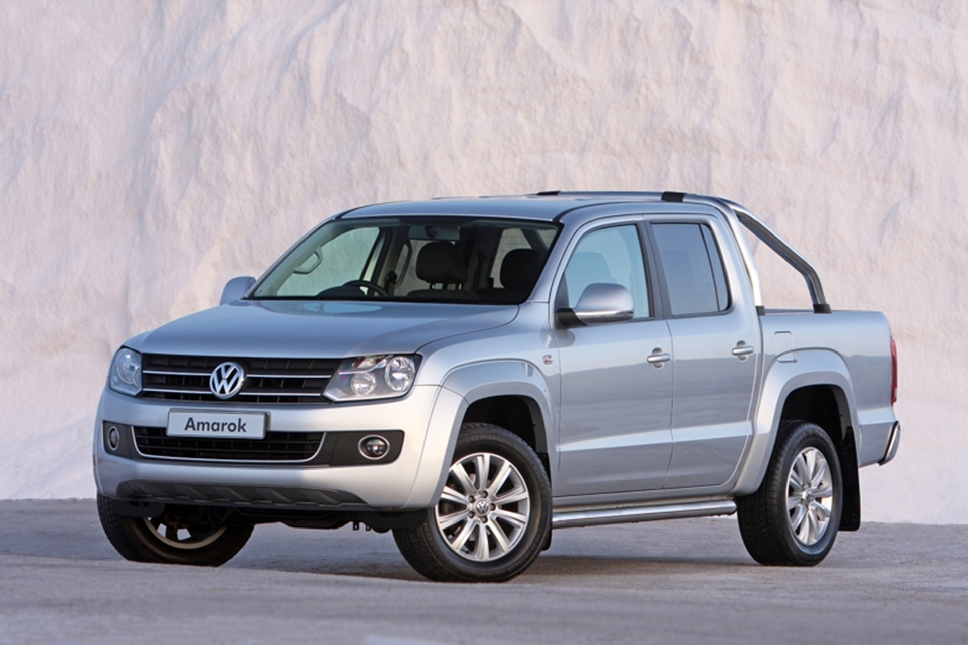 Amarok Double Cab now available with petrol engine