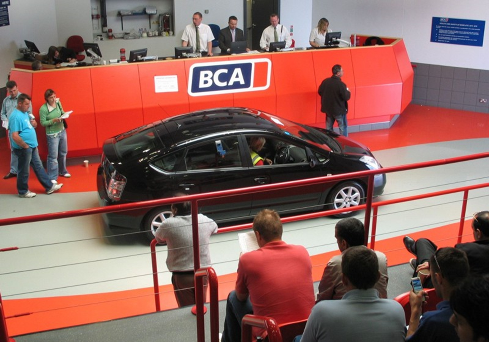 Lex Autolease & BCA stage first ever auction dedicated to Hybrids