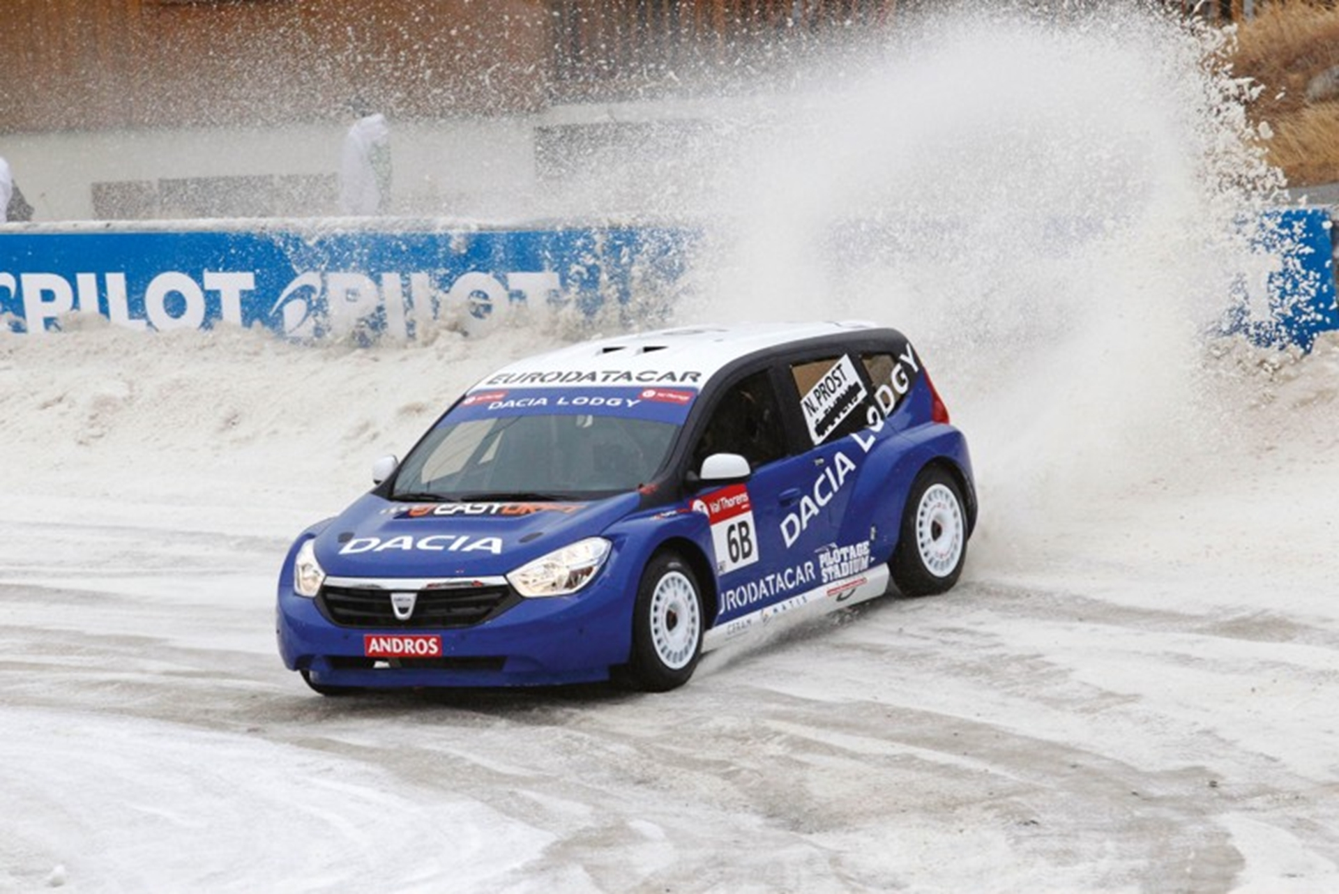 Podium success for Dacia Lodgy Glace3