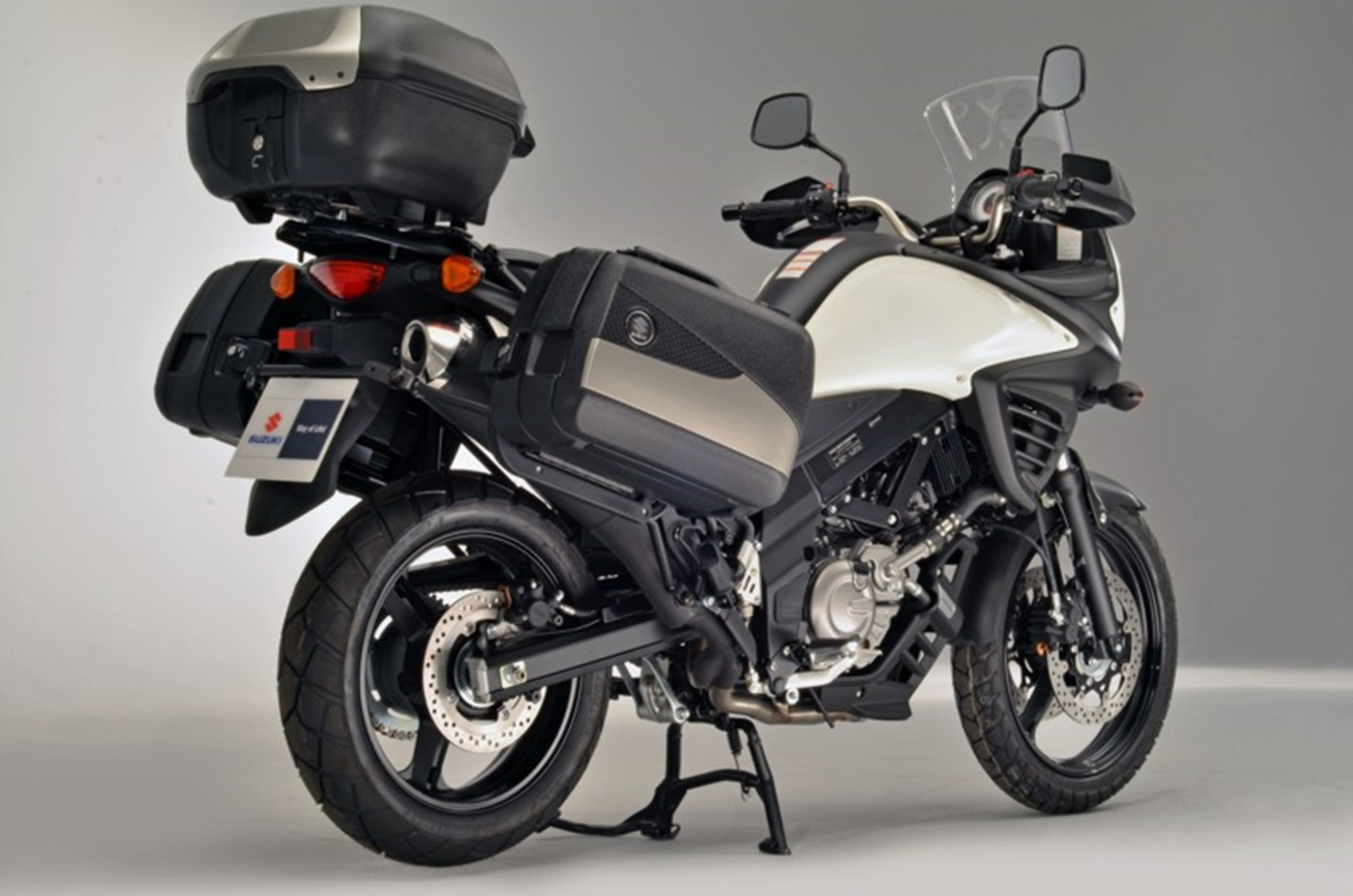 The new range of V-Strom 650 ABS Accessory Packs