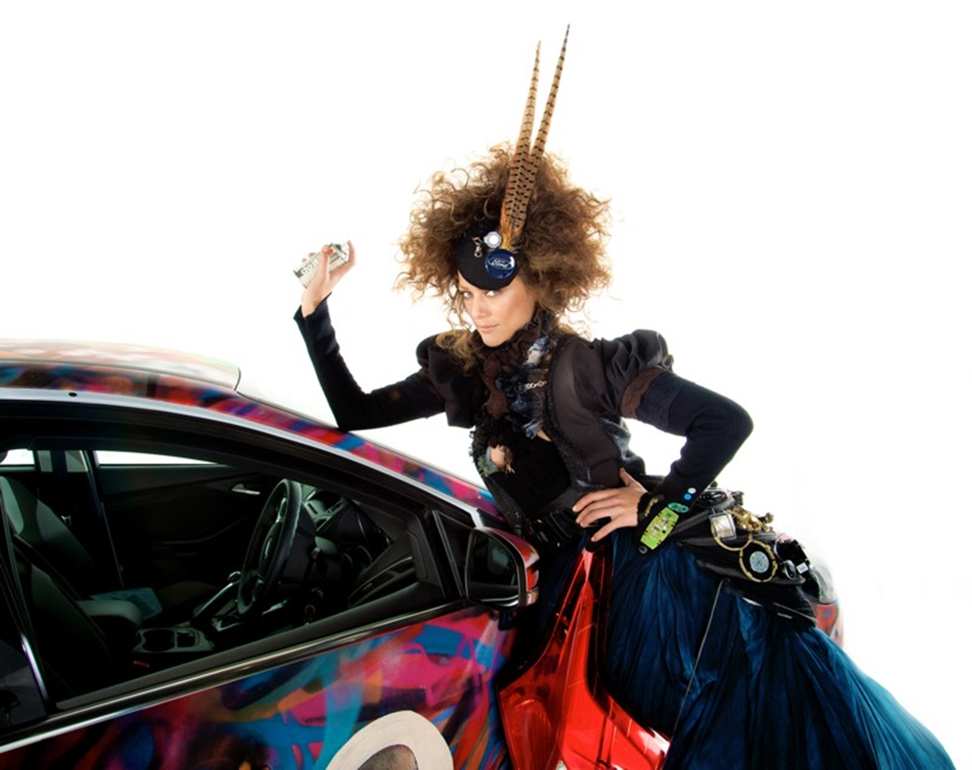 Ford Model in Ford Focus parts dress