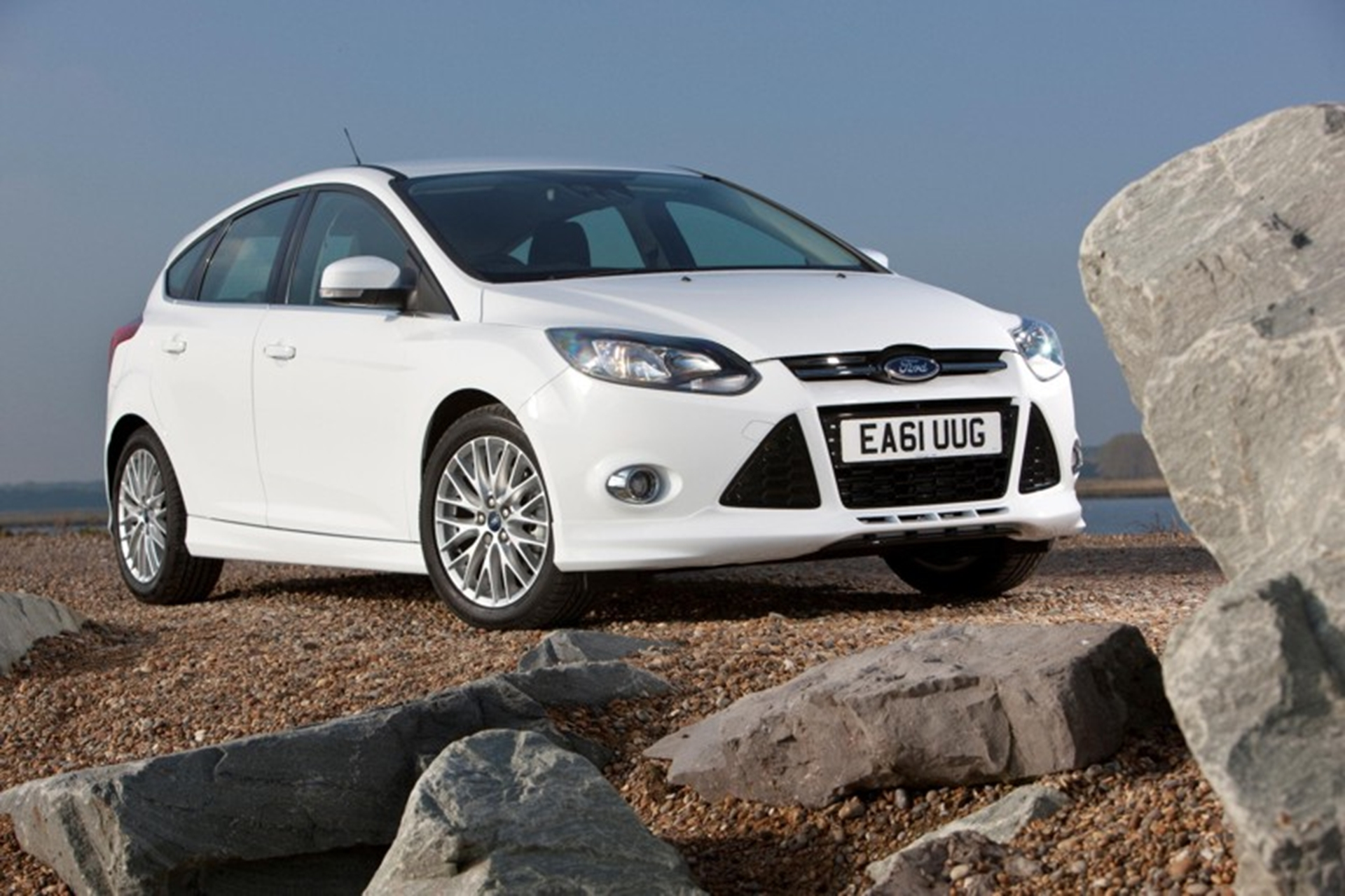 Ford Focus continues as the UK No 2 top seller for the year