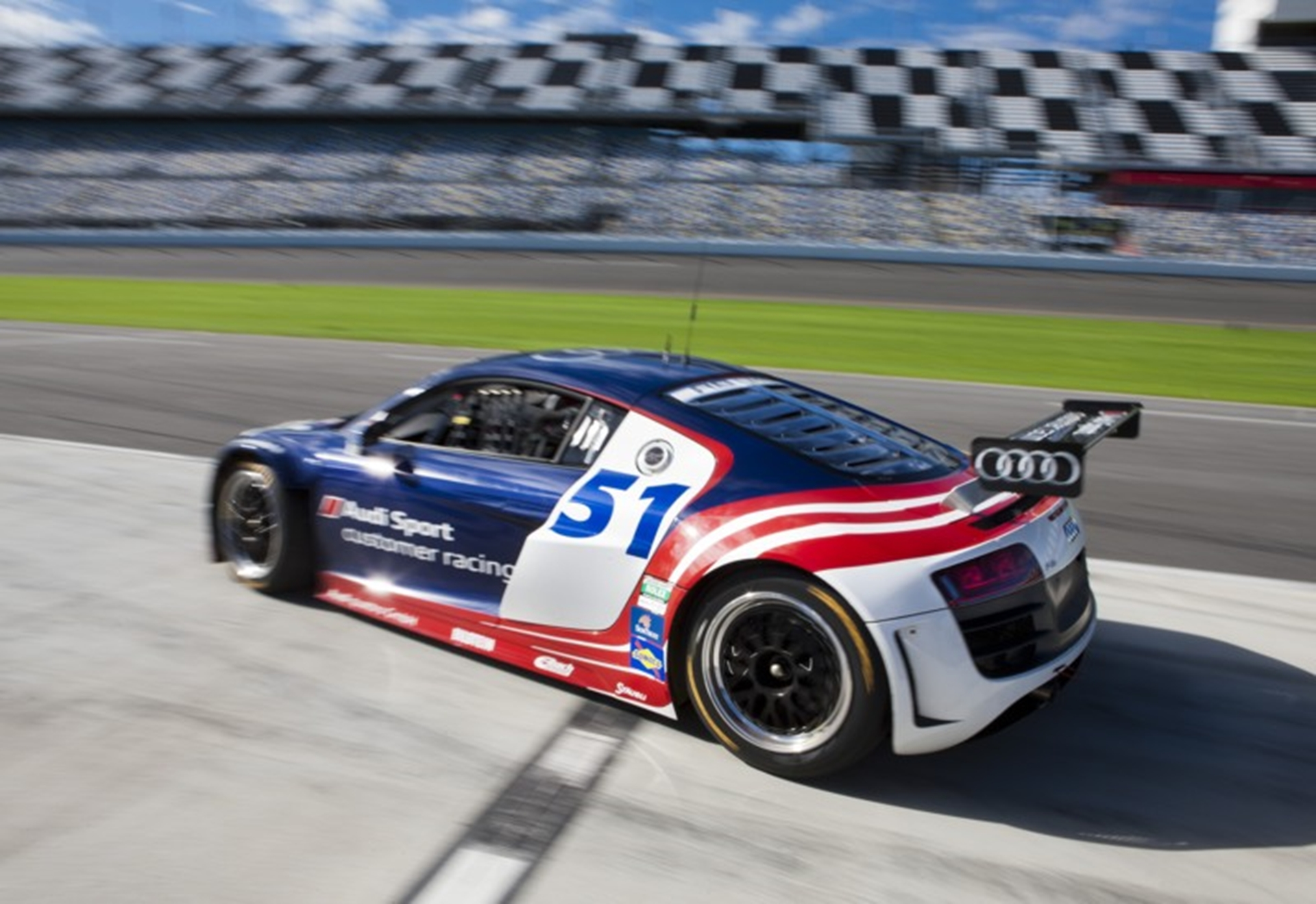 Successful test of the Audi R8 GRAND-AM