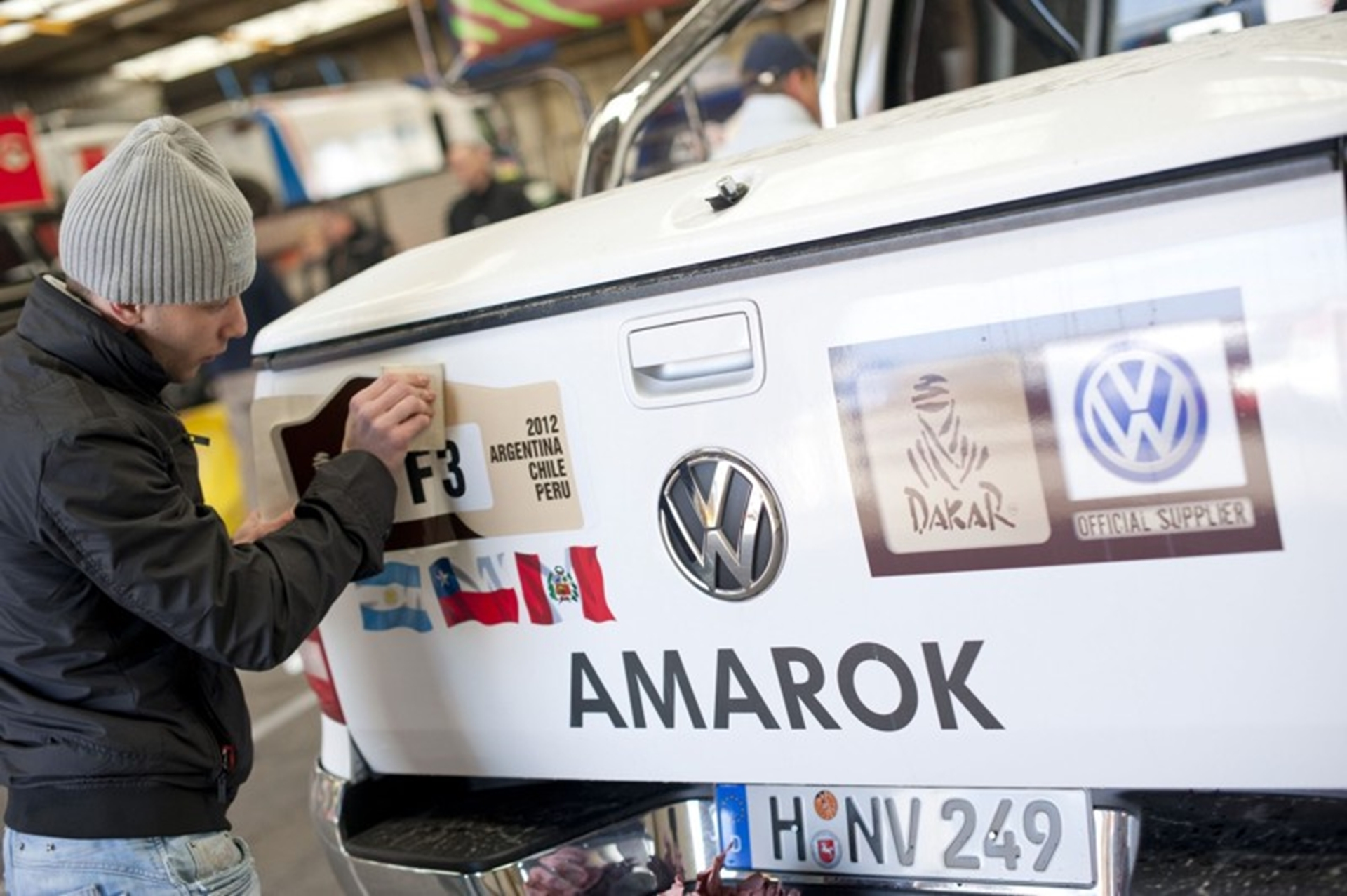 Up to the challenge: Amarok supports the 2012 Dakar Rally