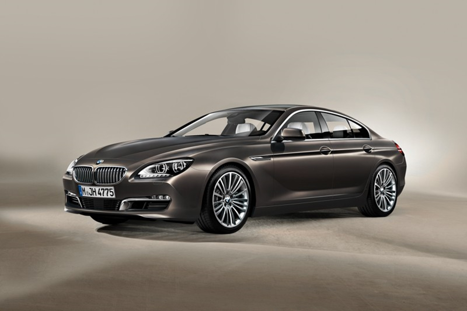 BMW 6-Series Front 2013