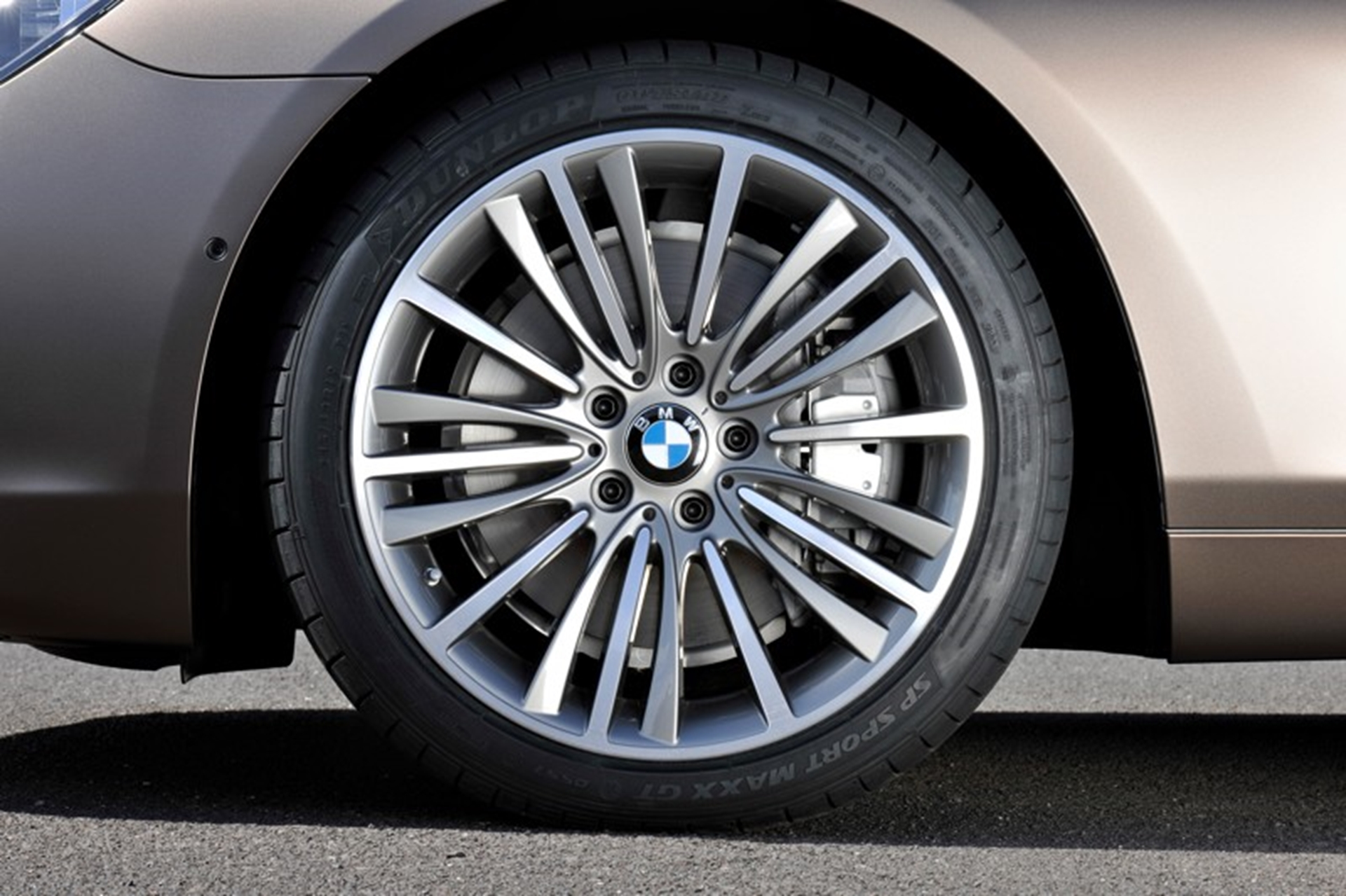 BMW 6-Series Gran Coupe mags