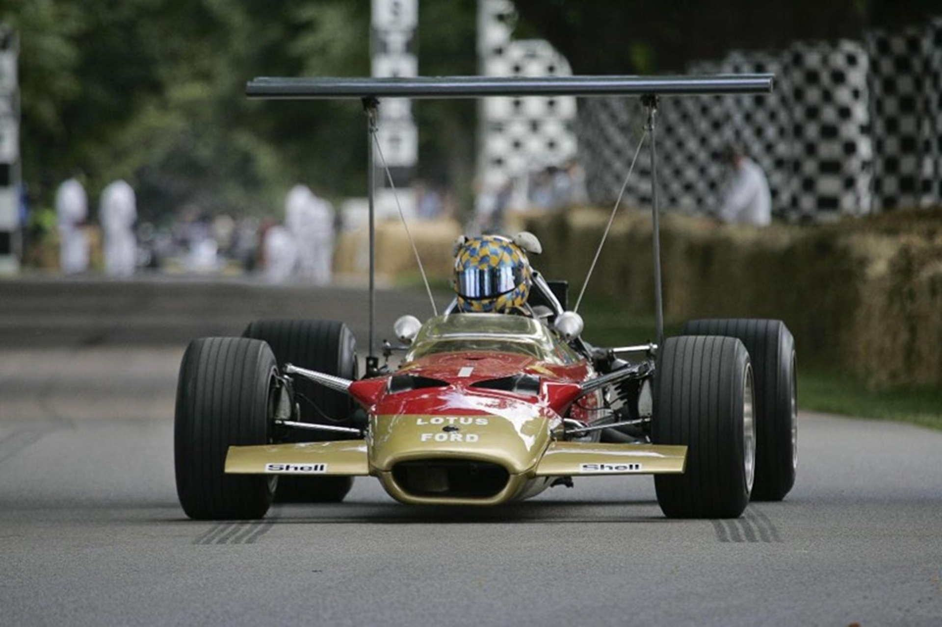 Lotus_at_the_Goodwood_Festival-2012