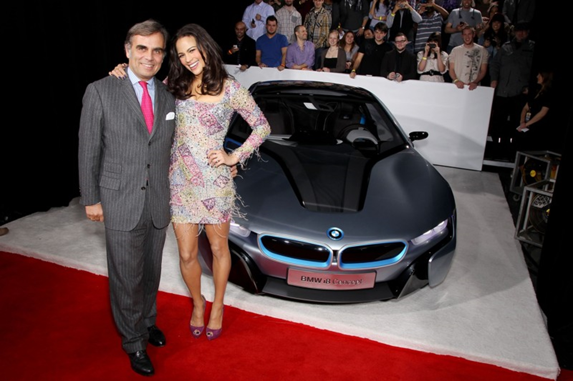 Mission Impossible 4 Car and Paula Patton