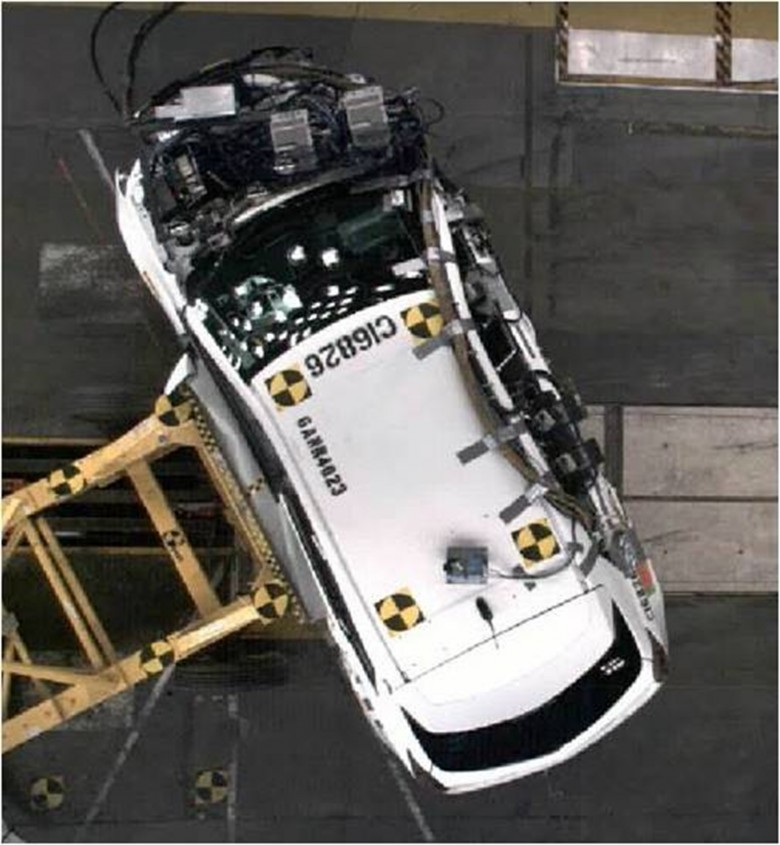 2012 cadillac srx cts models get top safety ratings for General motors assessment test