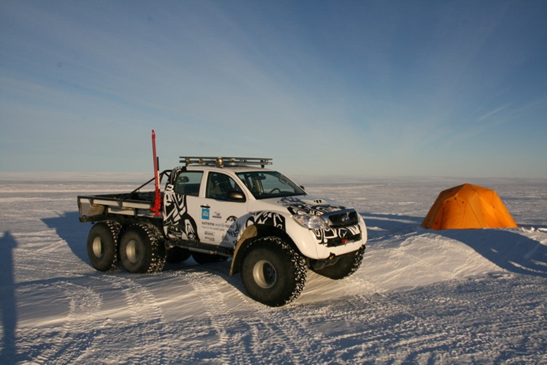 Toyota Hilux expidition south pole
