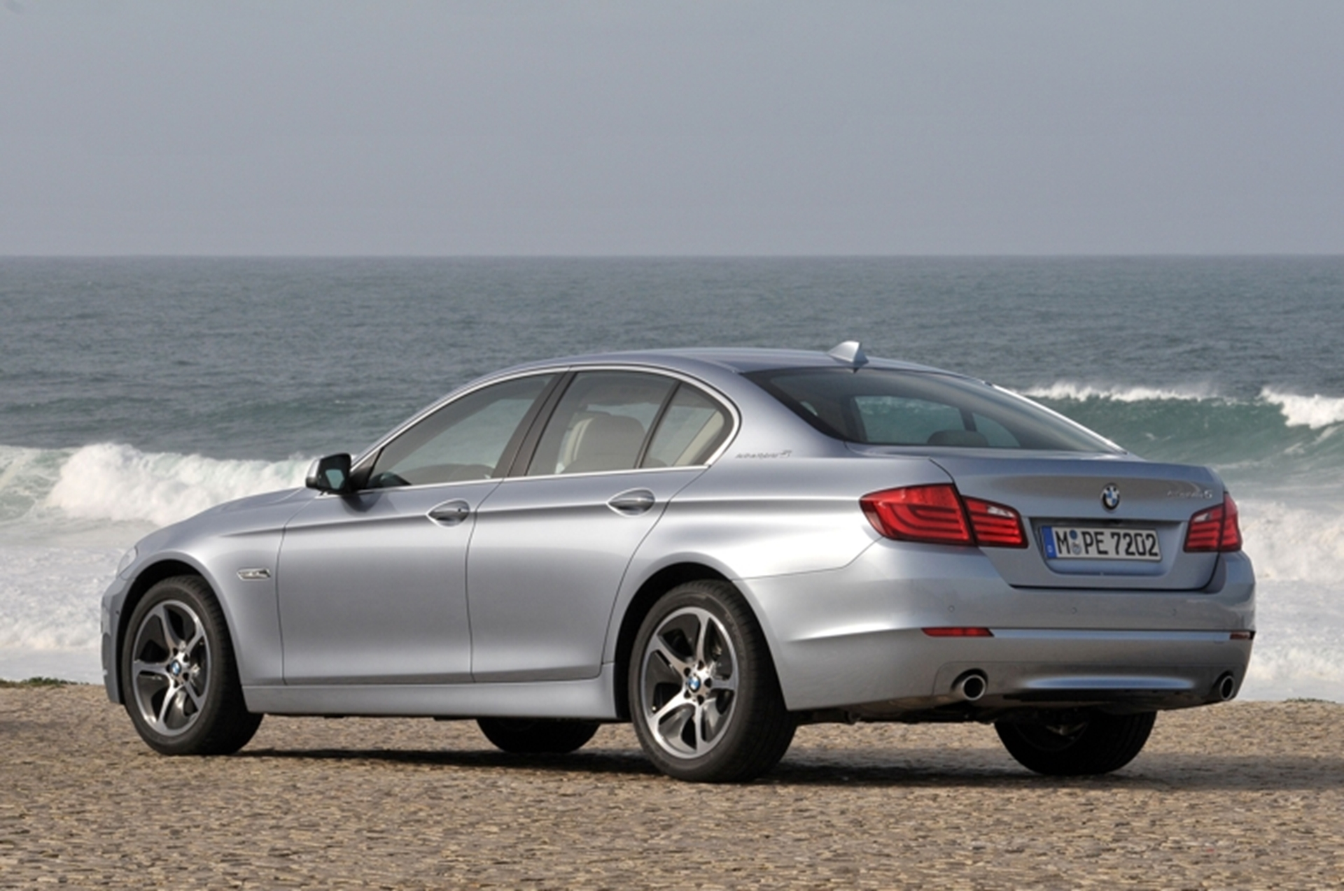 BMW ActiveHybrid 5 rear side