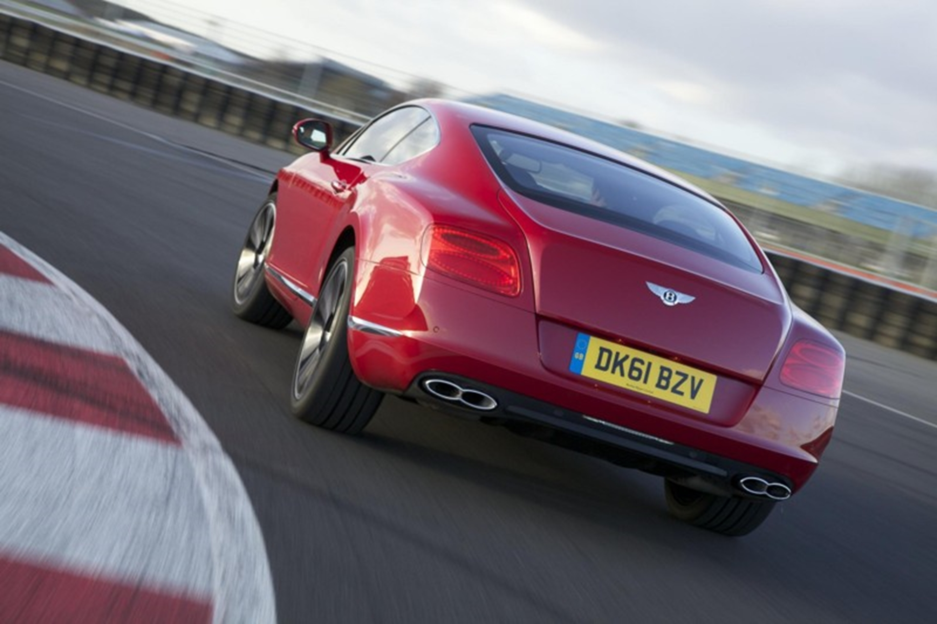Bentley Continental GT V8-rear
