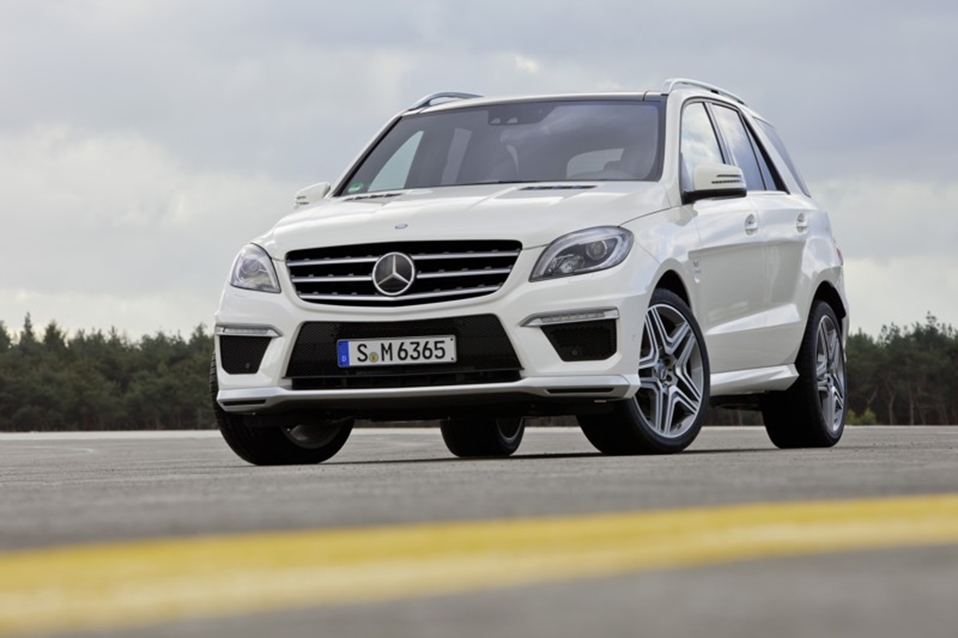 ML 63 AMG Mercedes Benz
