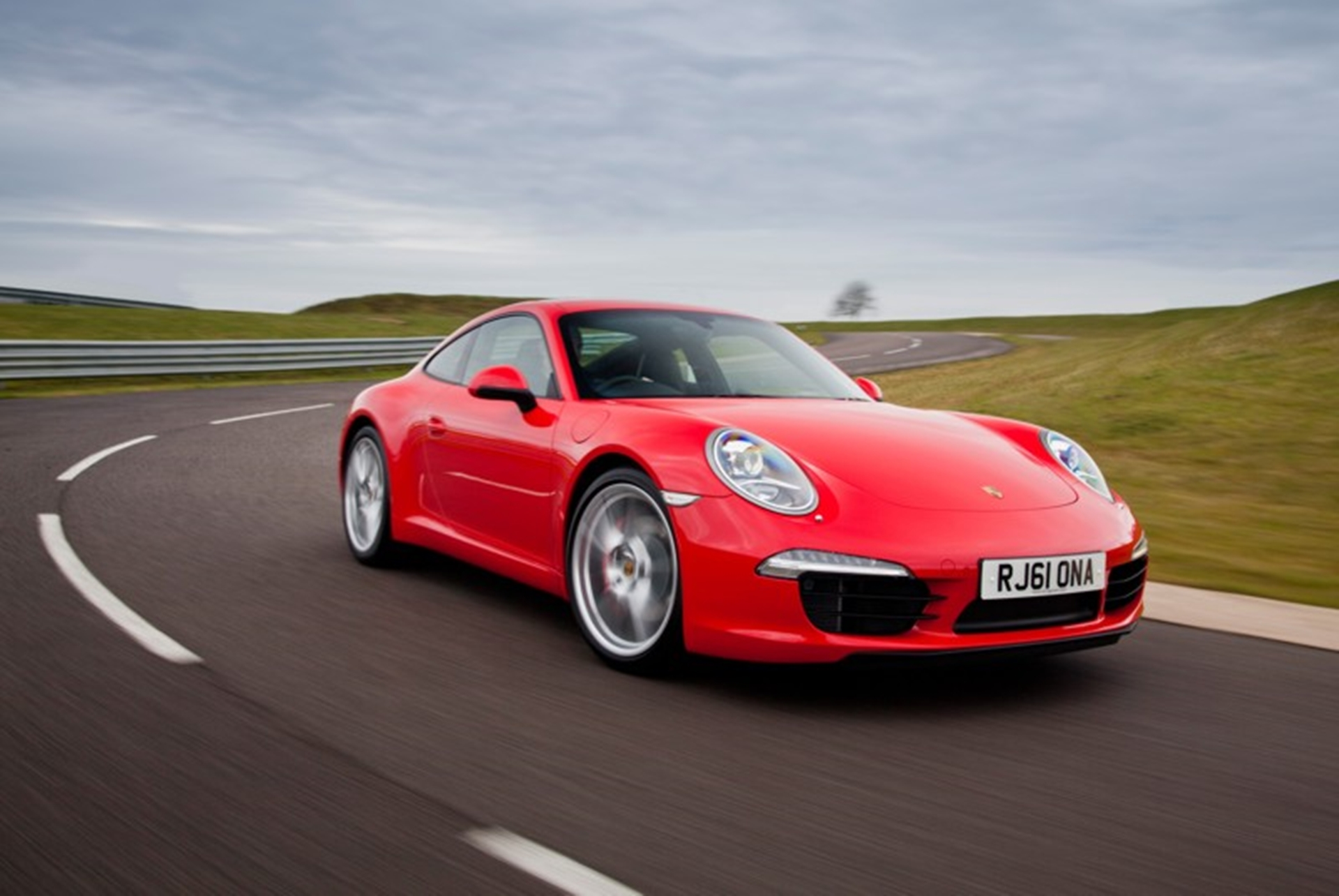 The new Porsche 911 Carrera makes its public show debut