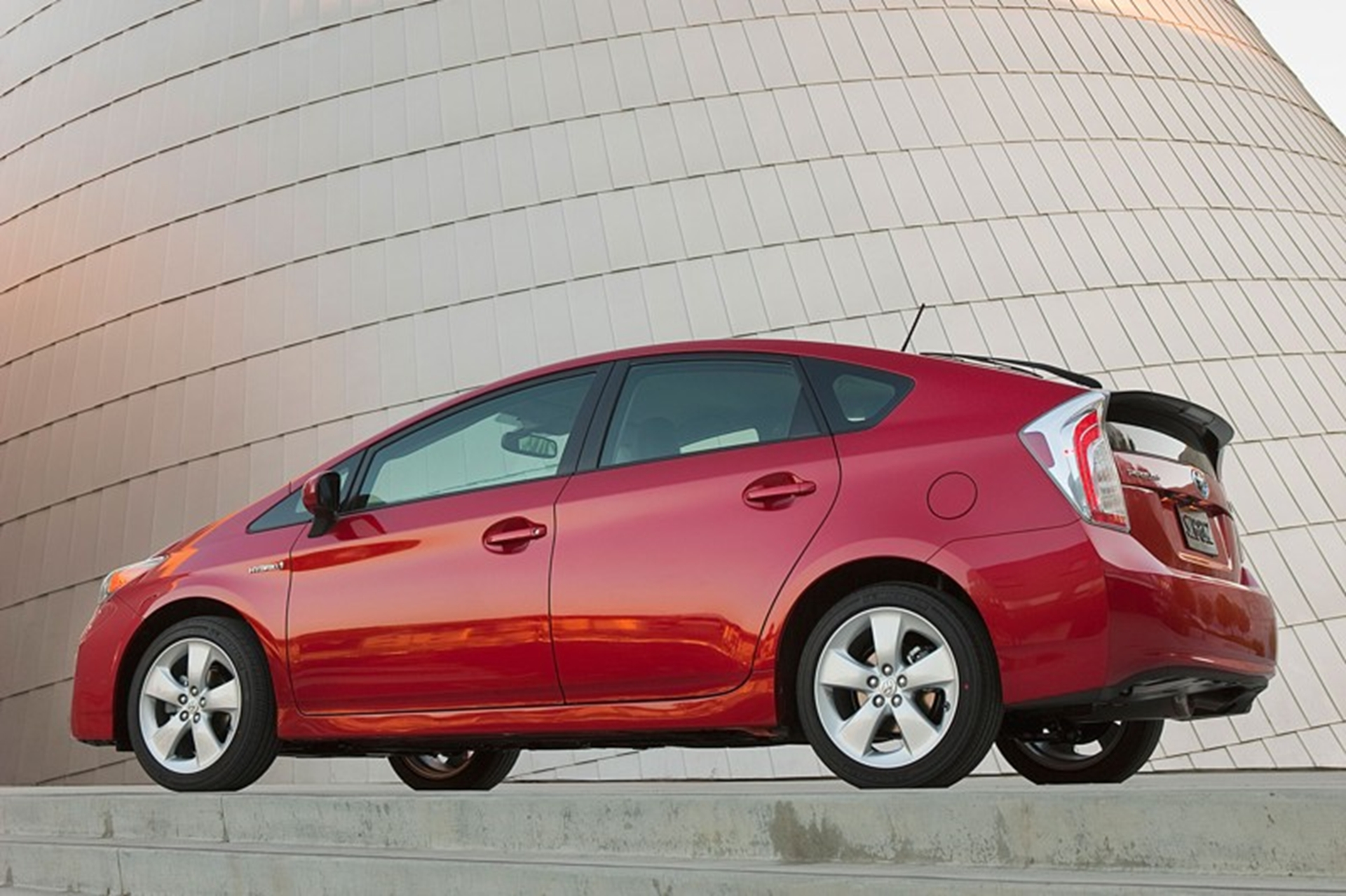 The Toyota Prius Continues To Lead The Market For Hybrid Automobiles That  It Started 15 Years Ago. With Its 50 MPG Fuel Economy Rating, Prius Is The  Most ...