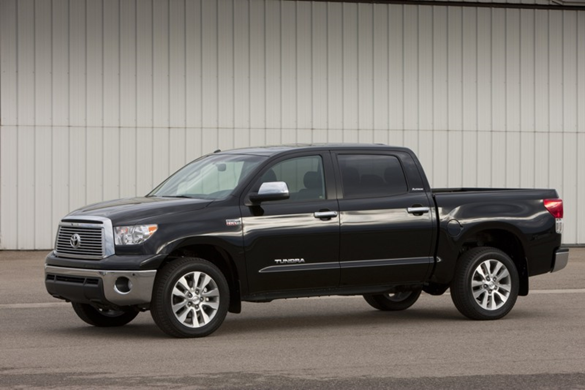 Toyota Tundra Provides Outstanding Value and Dependability in the