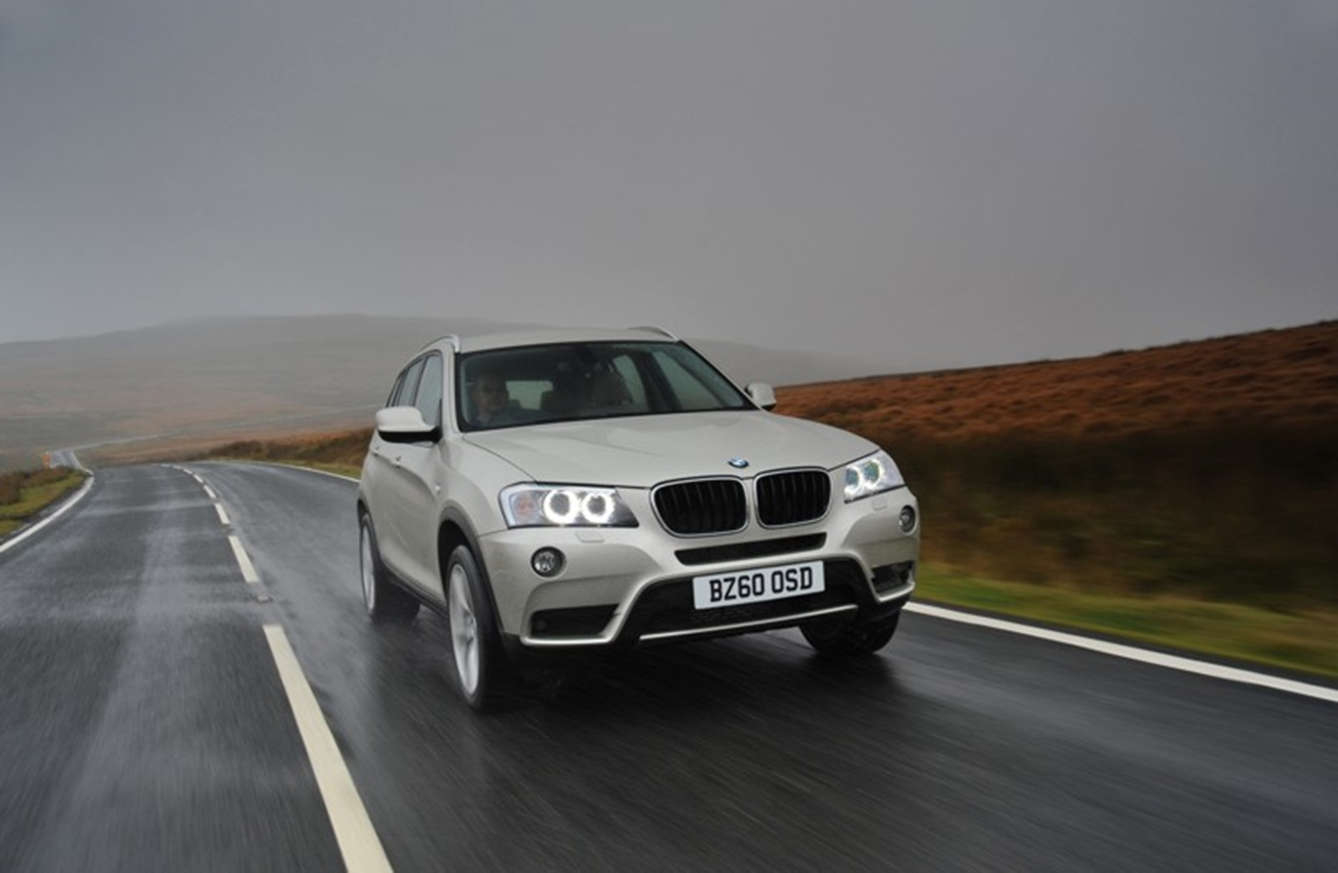 BMW X3 named What Car? 'Best SUV' 2012