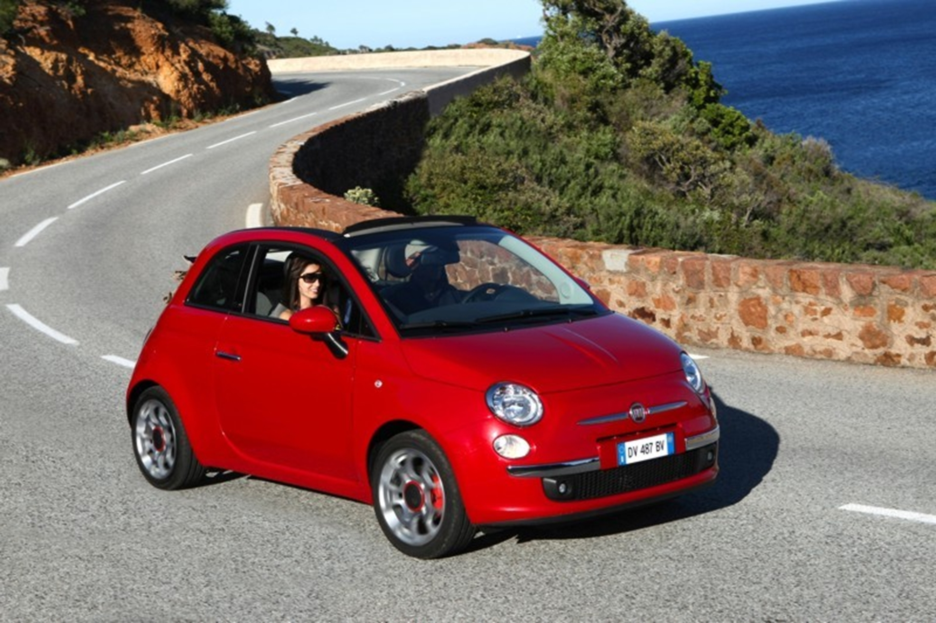 Fiat introduces SA's most affordable cabriolet