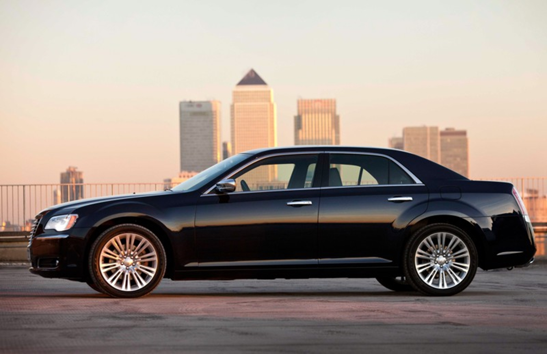 Chrysler brand relaunches in the UK