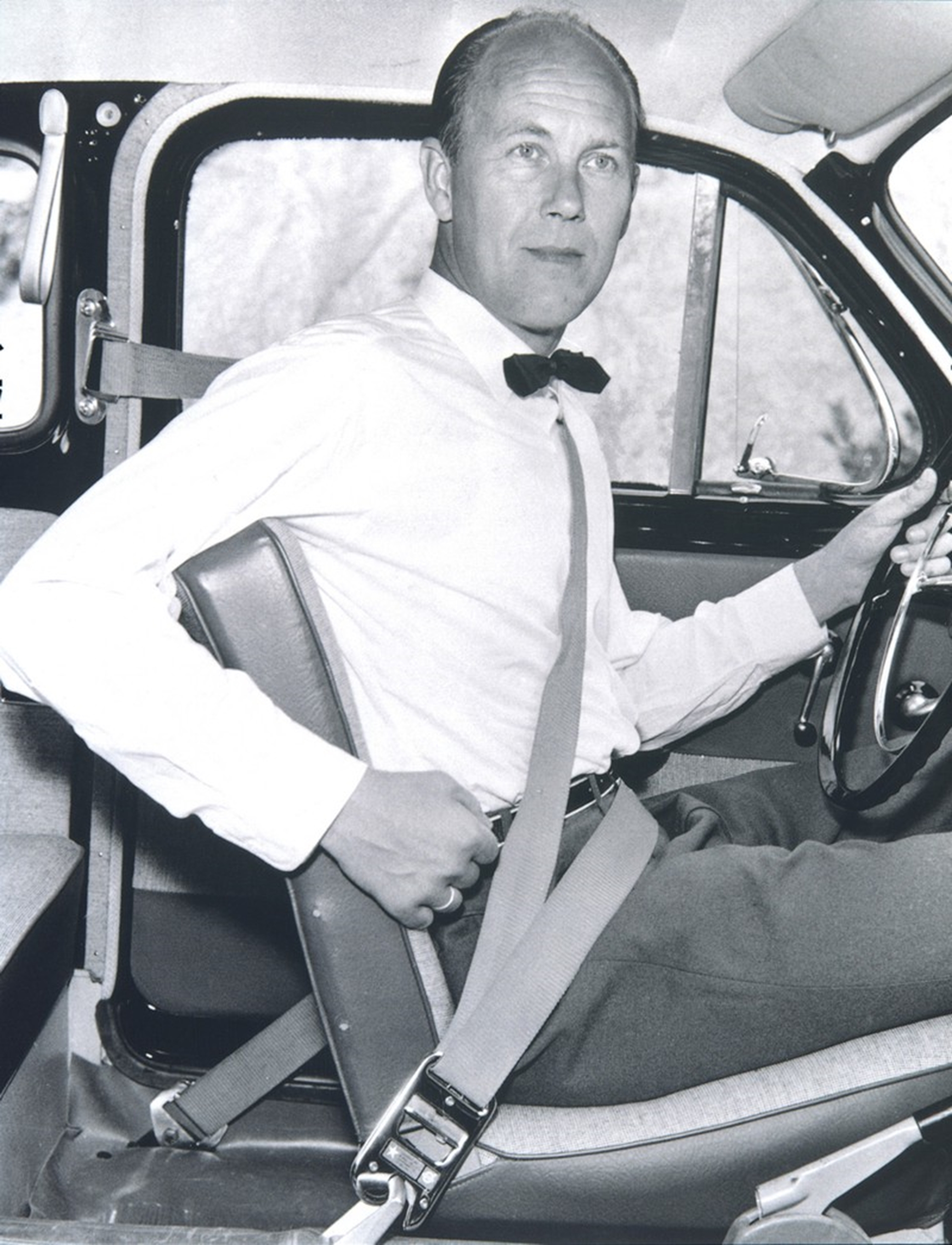 Nils Bohlin – developer of the three-point safety belt (1959)