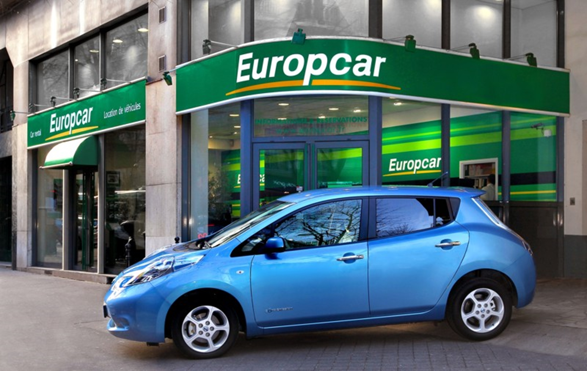 Nissan LEAF available for rental at Europcar