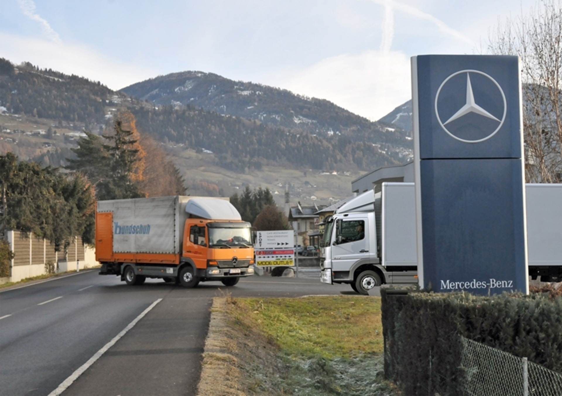 Mercedes-Benz Trucks 2012
