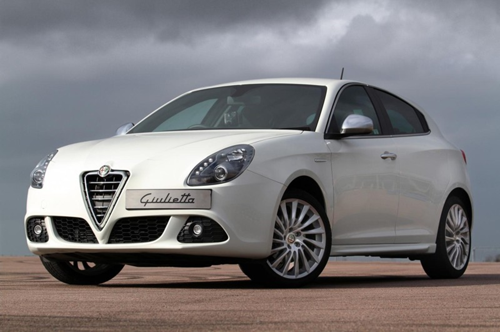 Alfa Giulietta 299 reasons