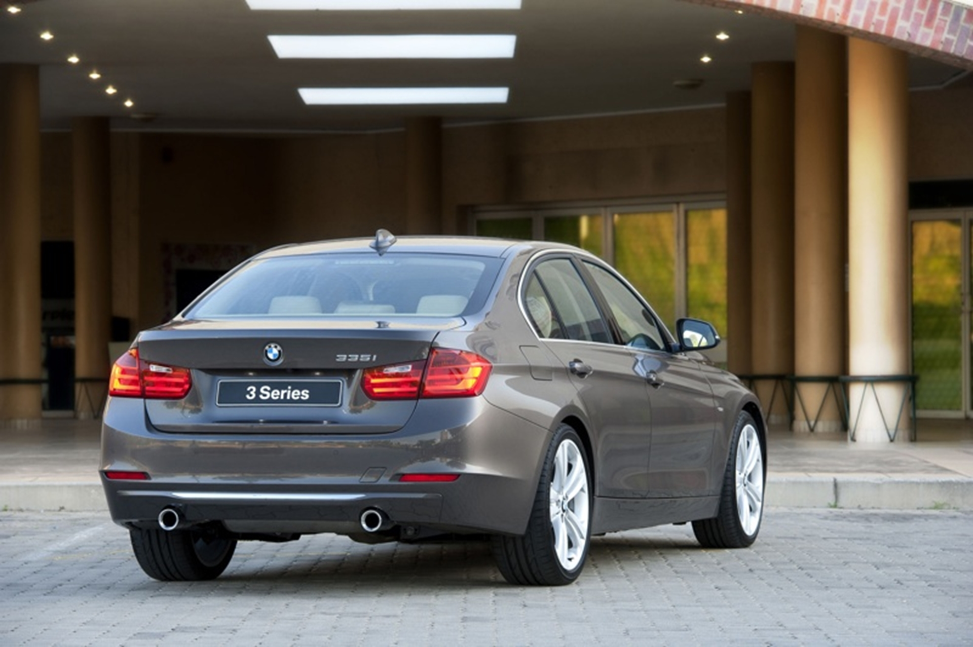 BMW 3 Series rear