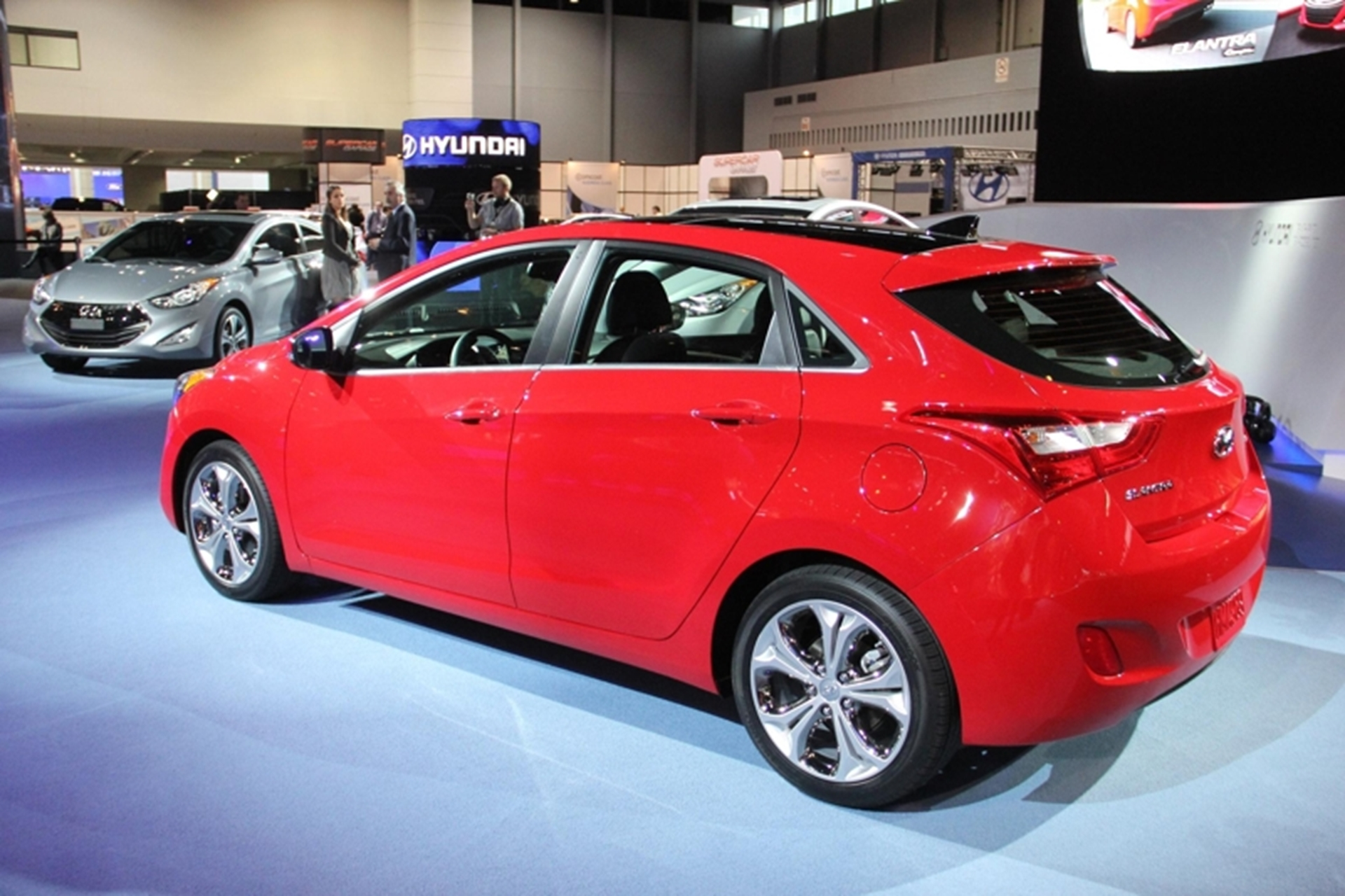 Chicago Auto Show Hyundai Elantra Coupe And Gt Two Door Car This Model Of The Sedan Available Spring Will Attract Even More Buyers To Range Further Expanding Its Appeal