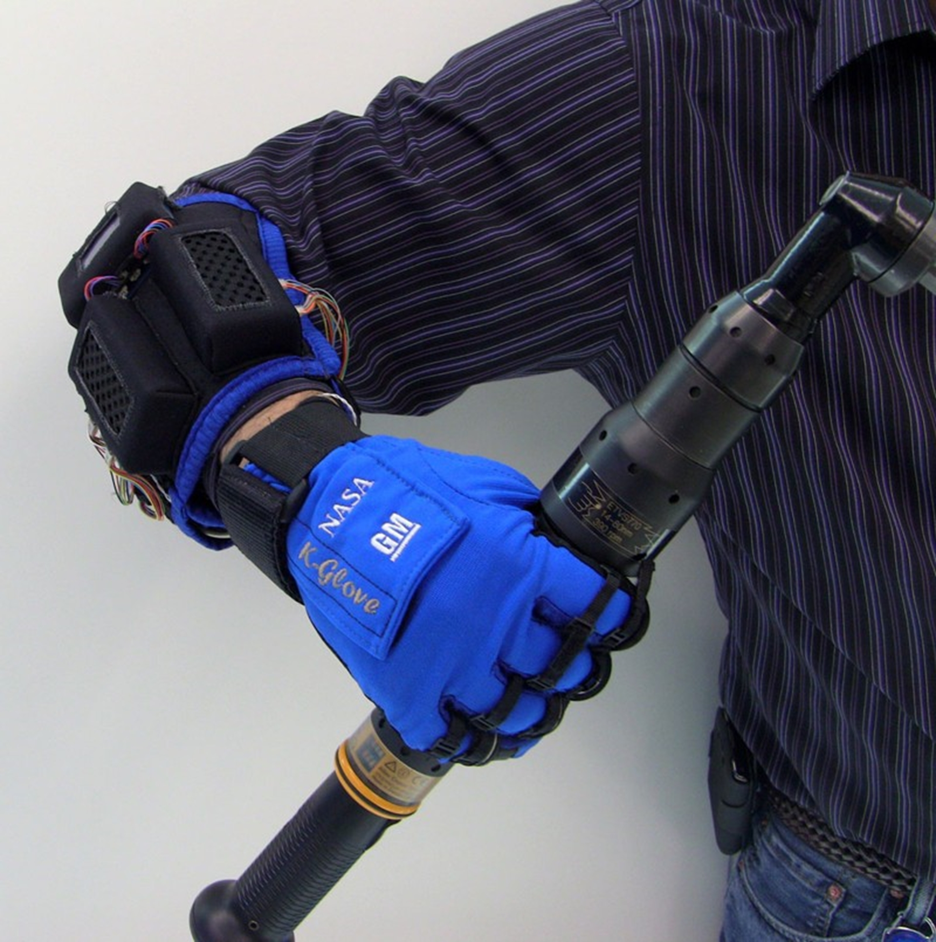 NASA GM Glove