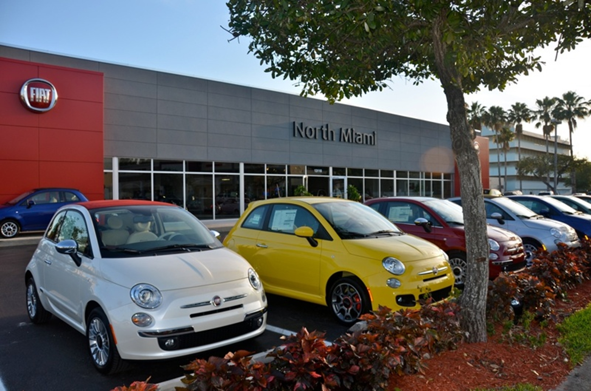 FIAT Of North Miami To Celebrate Grand Opening Tonight With Fashion - Car shows tonight
