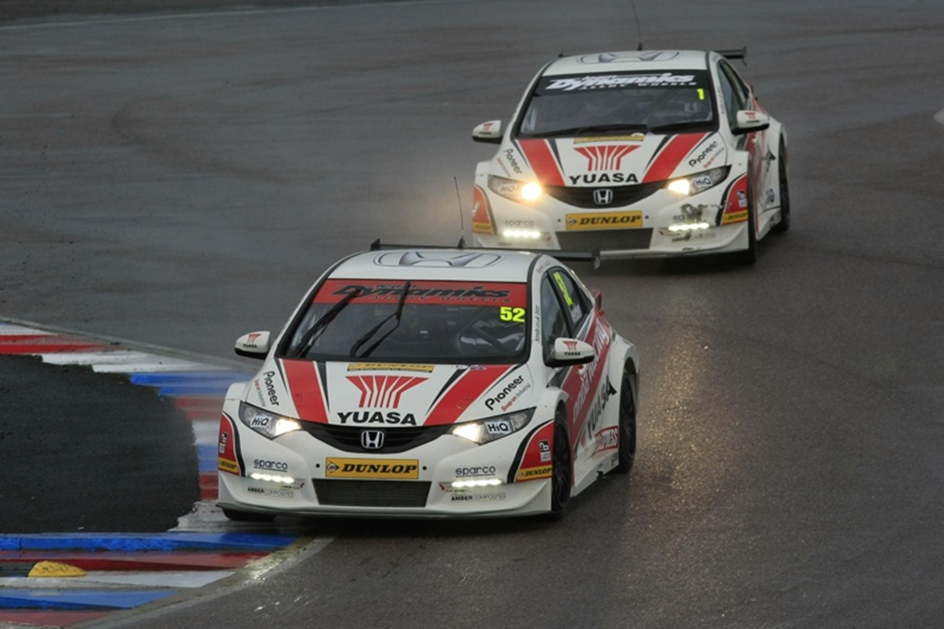 Honda Yuasa Racing at Thruxton