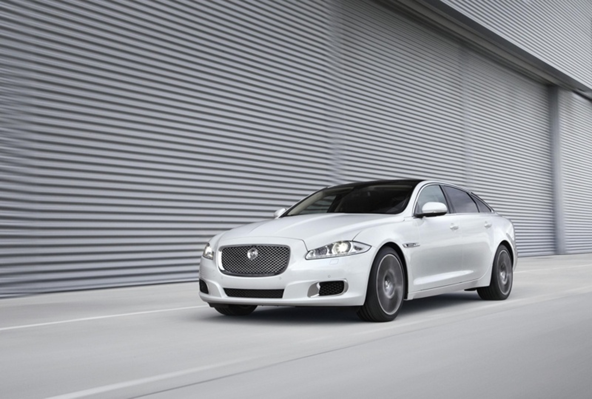 JAGUAR XJ ULTIMATE 2012