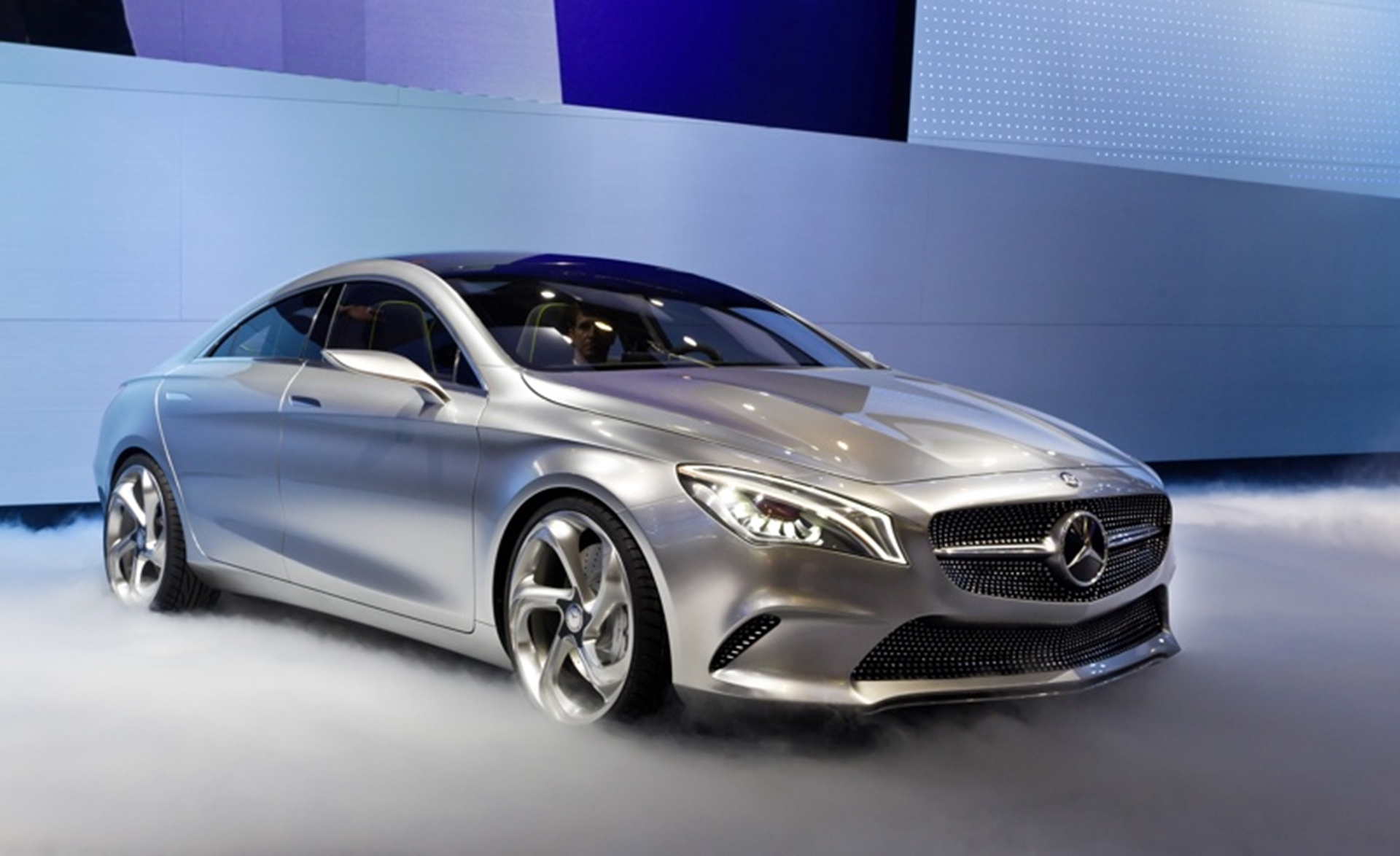 World Premiere of the Mercedes-Benz Concept Style Coupe